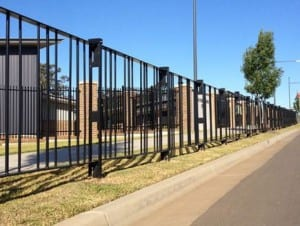 road pedestrian protection with pedestrian fencing type 1