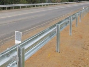 ezy guard smart guardrail road crash barrier
