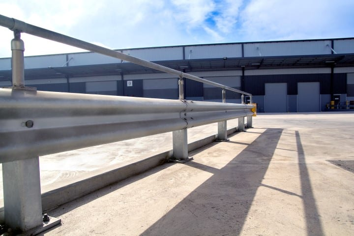 rigid post ysytems warehouse barriers