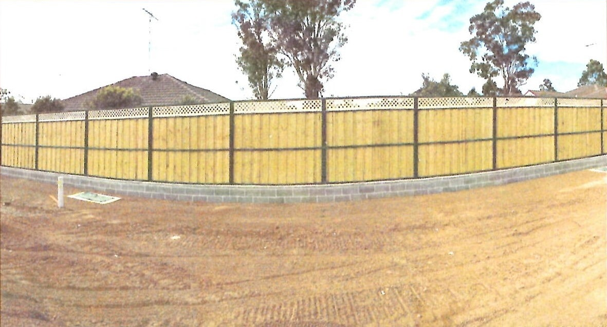 lap and cap paling fence